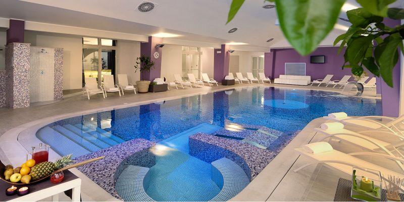 Offerta benessere a rimini hotel touring rimini - Hotel con piscina milano ...