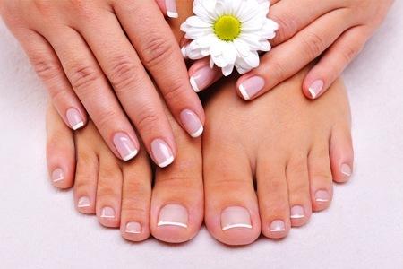 Speciale coccole mani e piedi