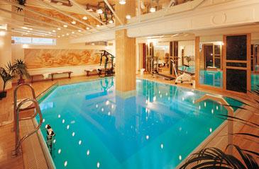 Offerta prestige autunno last minute gabicce mare - Hotel corvara con piscina interna ...