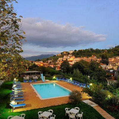 Strepitoso Luglio in Umbria: paghi 6 notti anzichè 7 con spa e centro benessere incluso illimitato.
