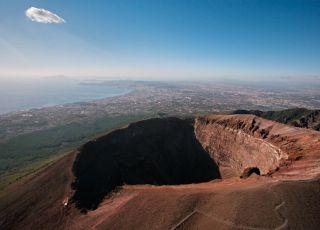 Passeggiando sul Vesuvio: il Vulcano più famoso del mondo