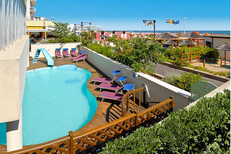 Offerte hotel a cattolica con piscina cattolica on the beach - Hotel con piscina cattolica ...