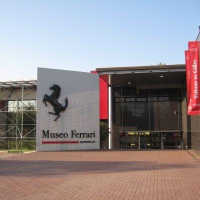 Ferrari Lamborghini Pagani Tours