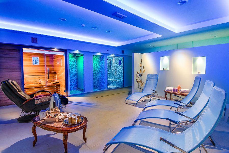 Offerte hotel con centro benessere a lido di savio - Bagno 53 riccione ...