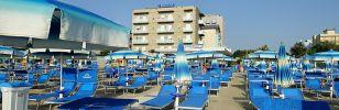 Semaine offre pour les familles en Juin Hotel Caesar Lido di Savio Ravenna Milano Marittima