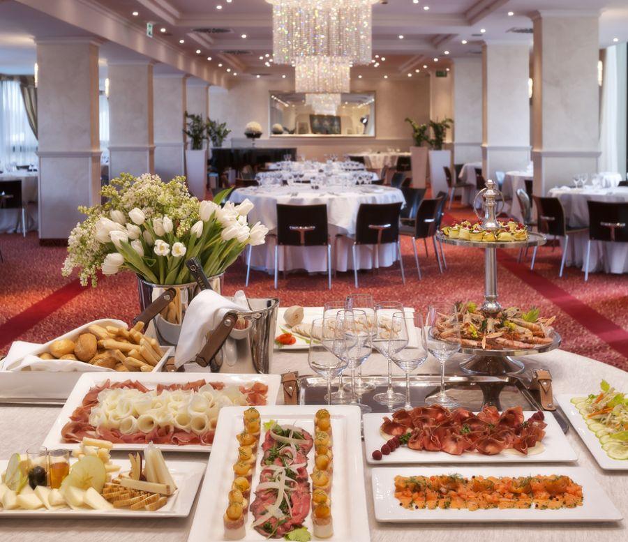 Offerte pensione completa hotel rimini 4 stelle sul mare - Hotel jesolo 3 stelle con piscina pensione completa ...