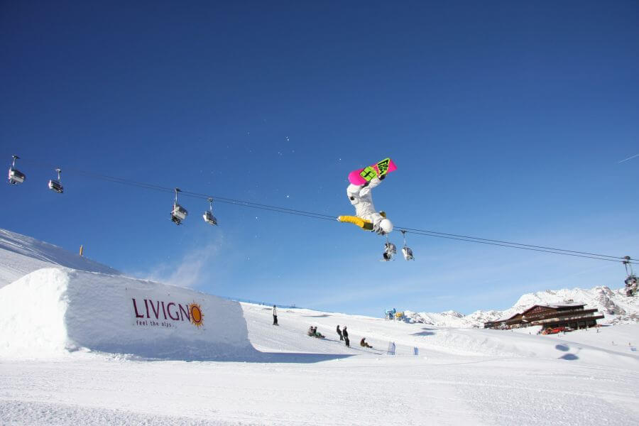 Offers ski week in Livigno
