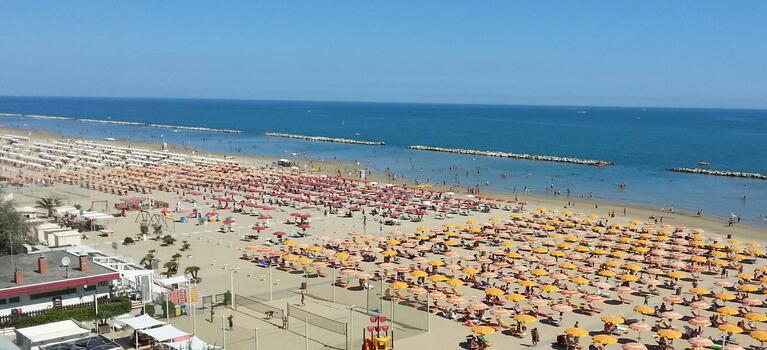 Hotel 3 stelle a Rimini... direttamente in riva al mare!