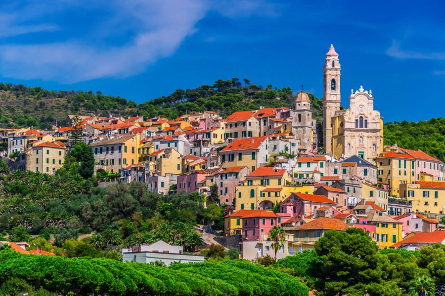 Early Booking Summer 2021 by the sea in Liguria