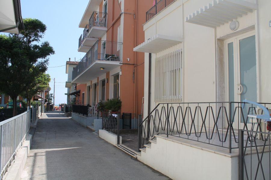 VILLETTA AL MARE CON SERVIZI DELL'HOTEL