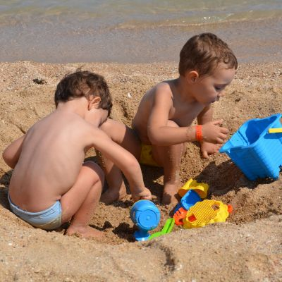 Family offer holiday on the beach