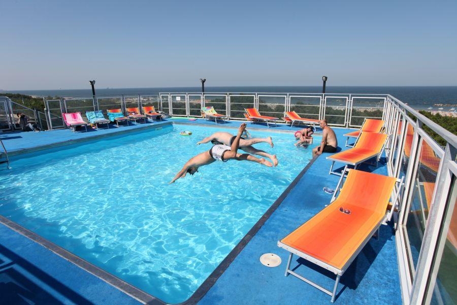 Offer Swimming Pool Hotel in Lido di Classe