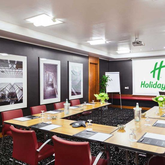 Book your meetings at Holiday Inn Milan Garibaldi