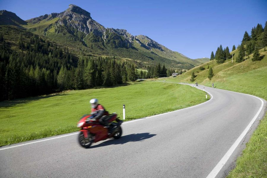 Promotion for cyclists or motocyclists