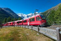 Bernina Red Train Oferta