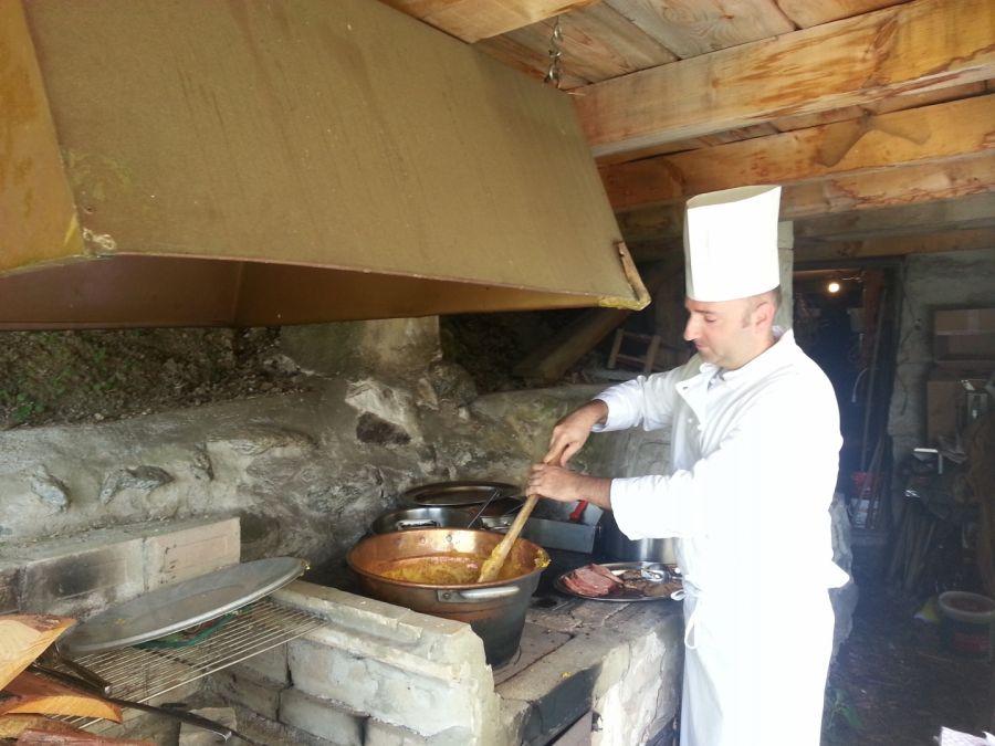 Ogni Giovedì pranzo tipico in Baita