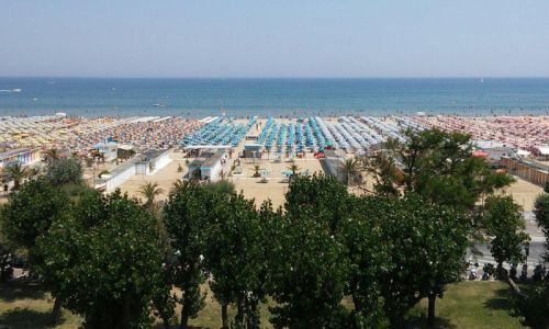 September at the beach offer by Hotel Sporting Rimini 4-star hotel by the sea