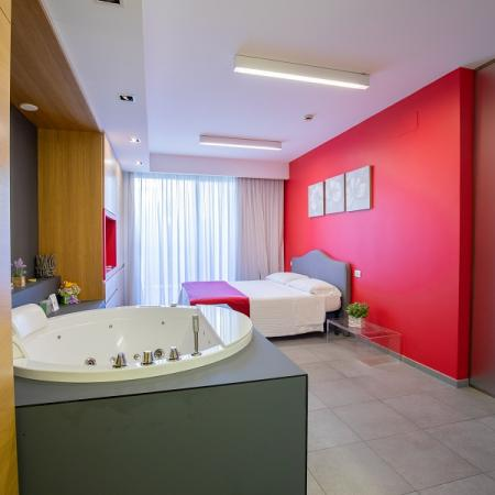 Suite 112