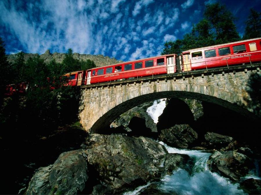 In Livigno mit dem Sonderzug Bernina Red