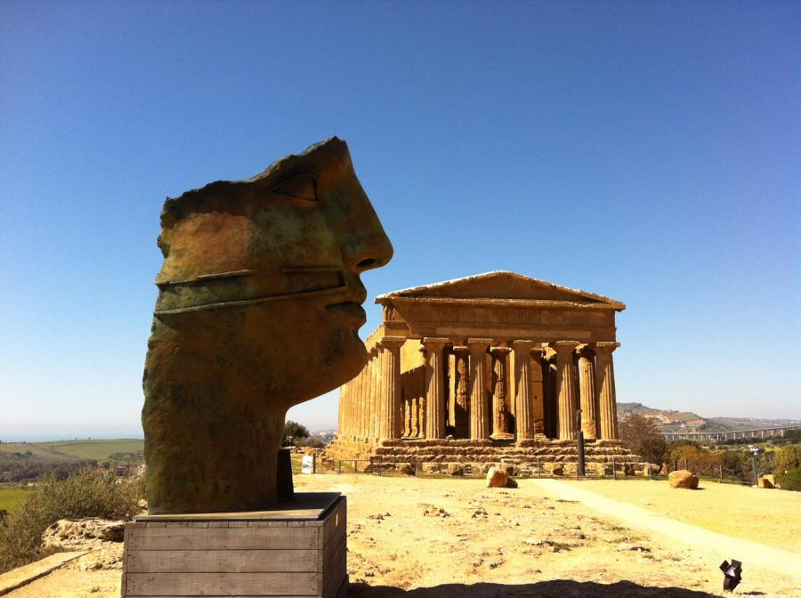 Discover Agrigento and its territory