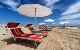 spiaggia di rimini per il week end