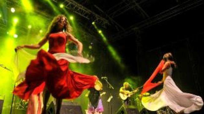 ballerine pizzica della notte della taranta melpignano